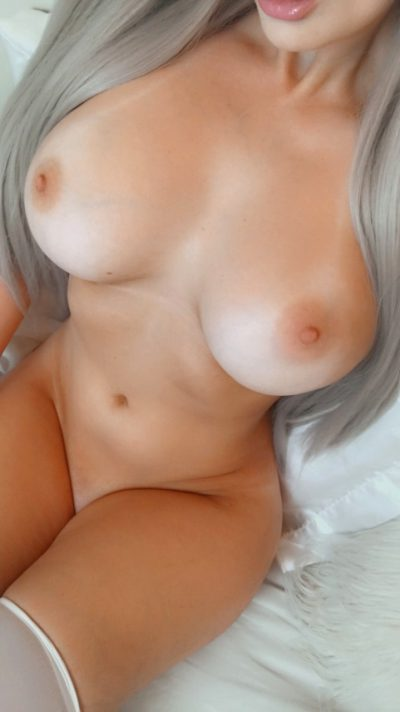 5'3 With Big Tits <3
