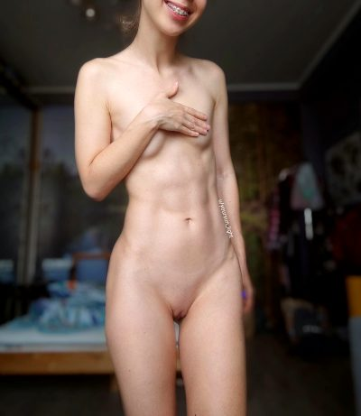 Anyone Like Tiny Girls With Abs?