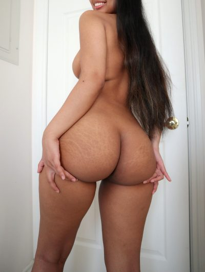Are Thick Asian Girls Your Type?