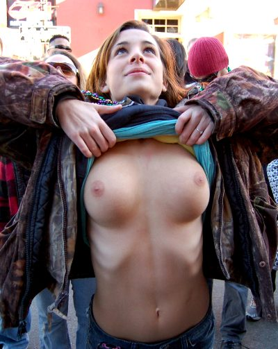Flashing Her Boobs For Beads