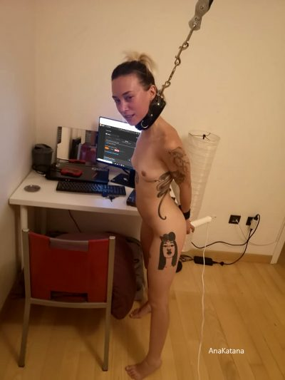 How About Some Meta Bondage? This Is What I Look Like When I'm Posting On R/Bondage