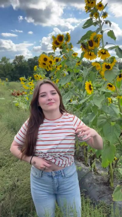 I Got To Visit A Sunflower Patch Today 😉🌻