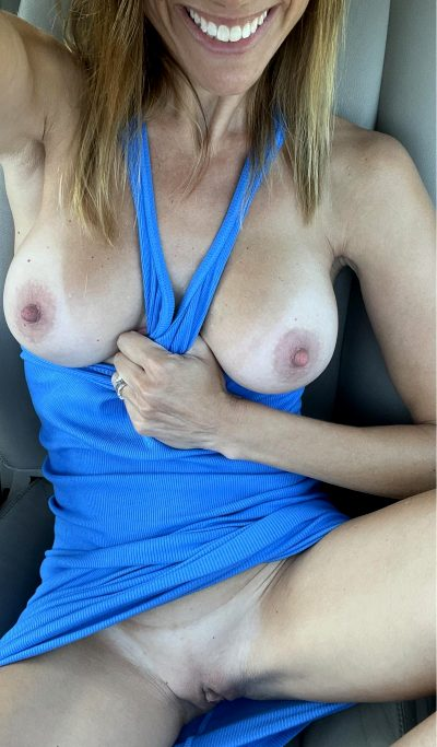 I Have One Mood….horny😈 44 Female