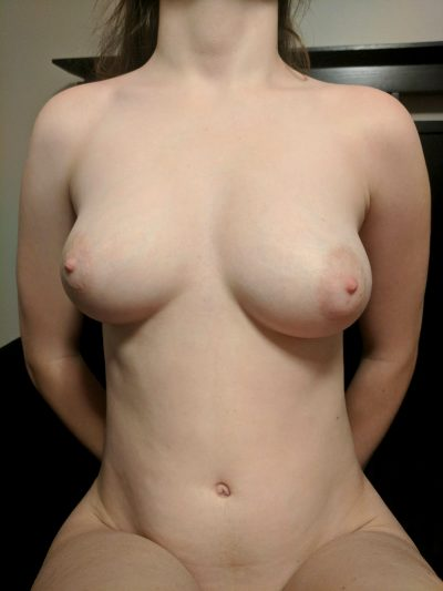 If 20 Of You Horny Men Likes This For Mommy I'll Try Anal For The First Time