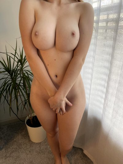 I'm 5'2″ And 110 Pounds But I've Got Great Tits ;)