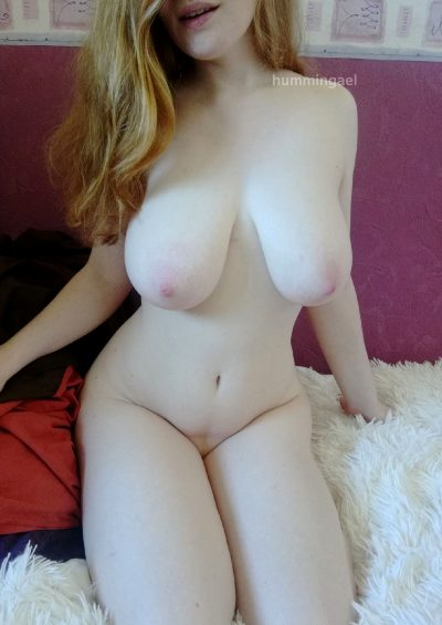 Just Wanted To Share One Of My Favorite Pictures Of Me… I Love How My Soft Curves Look!