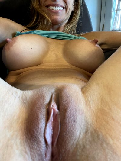 Let's Sharpen Your Tongue Skills👅….45 Female
