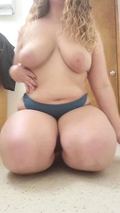 Wanna Be Fwb? Perks Include Fucking Me Whenever You'd Like 😇