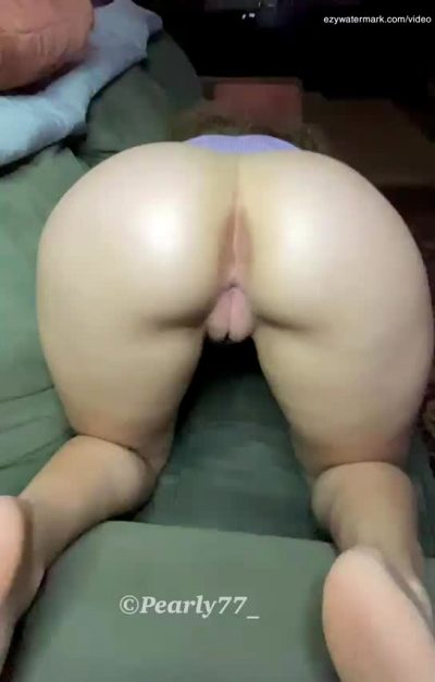 Who Wants To Pound My Plump Pussy?