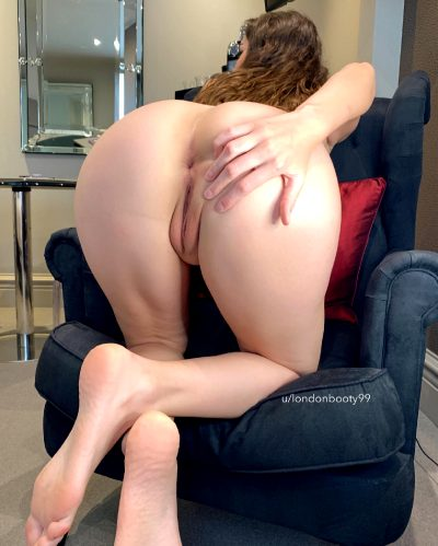 Would You Eat My Ass On The First Date?
