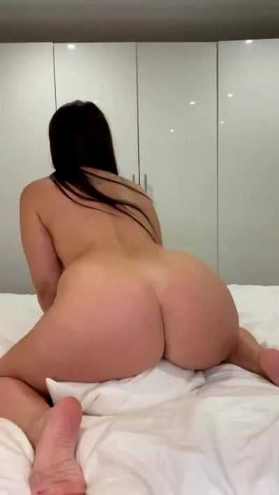 Would You Let Big Ass Mama Ride You? 😈 34F