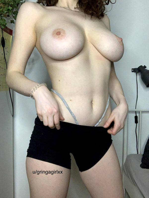 i-love-how-huge-my-tits-are-in-relation-to-my-sizef09fa4ad_001