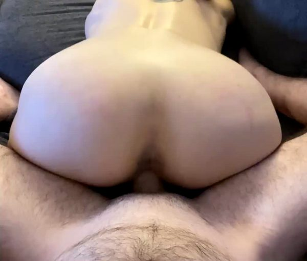who-else-wants-a-ride-from-my-gorgeous-hotwife_001
